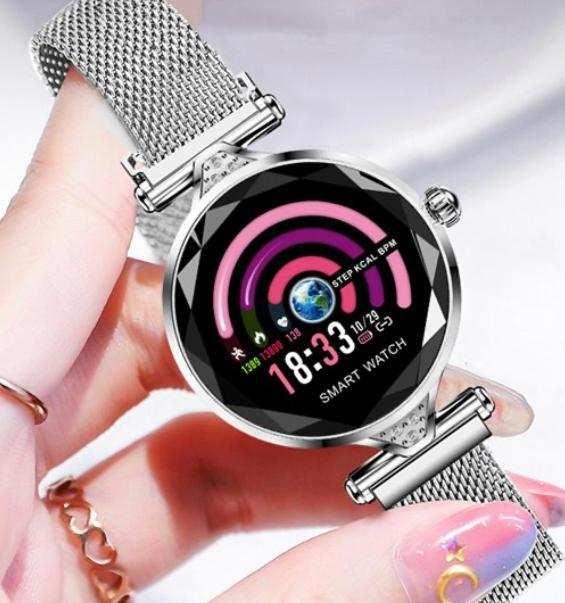 H1 Bayan Akıllı Saat (Gümüş)